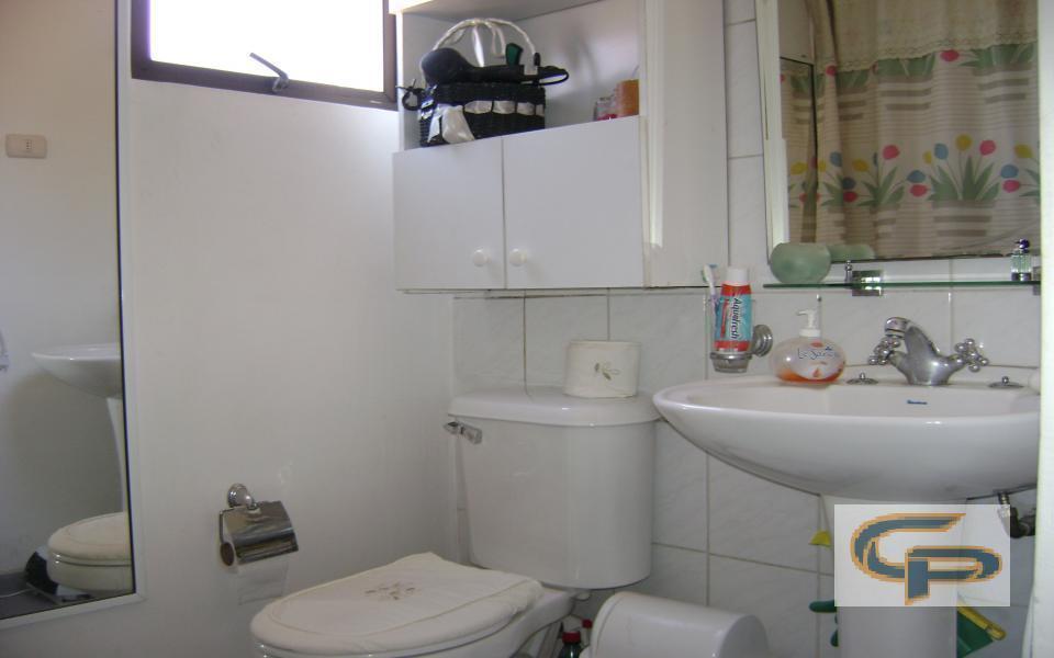 Pisos Flotantes Para Baño: Piso) 2 dormitorios, sala de estar (piso flotante), baño